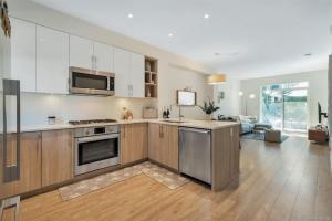 溫哥華買房推薦,南本拿比,Metrotown