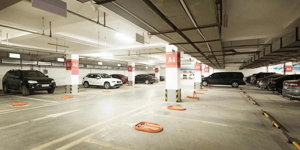 最近,Metrovancouver的一項調查顯示,大溫公寓將近一半的停車位竟然都空著沒人用!通過調查大溫不同城市的73棟公寓,在工作日晚上11點后有多少車停在車位上,報告結果顯示:1.在大溫公寓中,無論是分契式還是出租式的,停車位都供過于求。對于分契式公寓,停車位平均比其使用率高出42%。在出租式公寓中,停車位平均比其使用率高出35%。2.公寓越靠近繁忙的公共交通設施,停車位的供給和使用率越低。對于分契式公寓來說,公寓附近有便捷的公共交通設施,比如天車和公車,每...