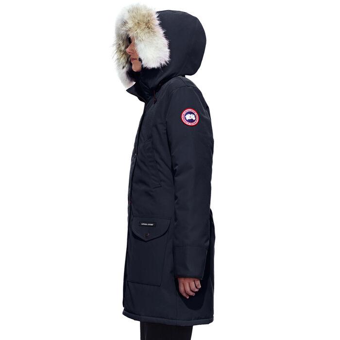 搞事!加拿大鹅推出天价【多伦多款大衣】,大温网友愤怒+不满!