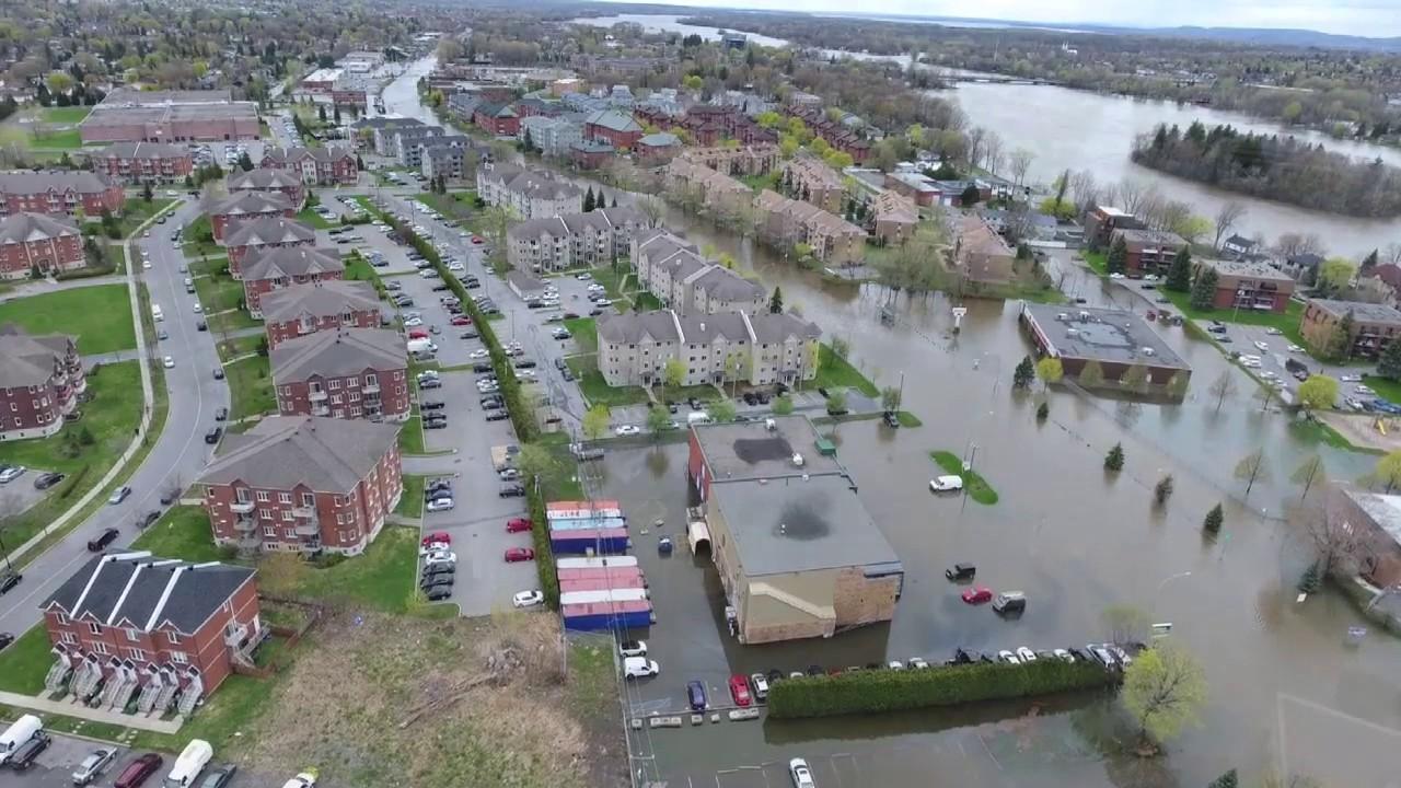 疫情之后又来洪涝!一号公路封闭、大坝告急、居民疏散,水位千年一遇!