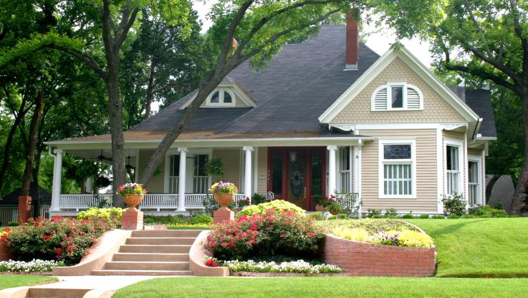 大温6月房屋销量暴涨64.5%,楼市进入卖方市场,独立屋价格上扬
