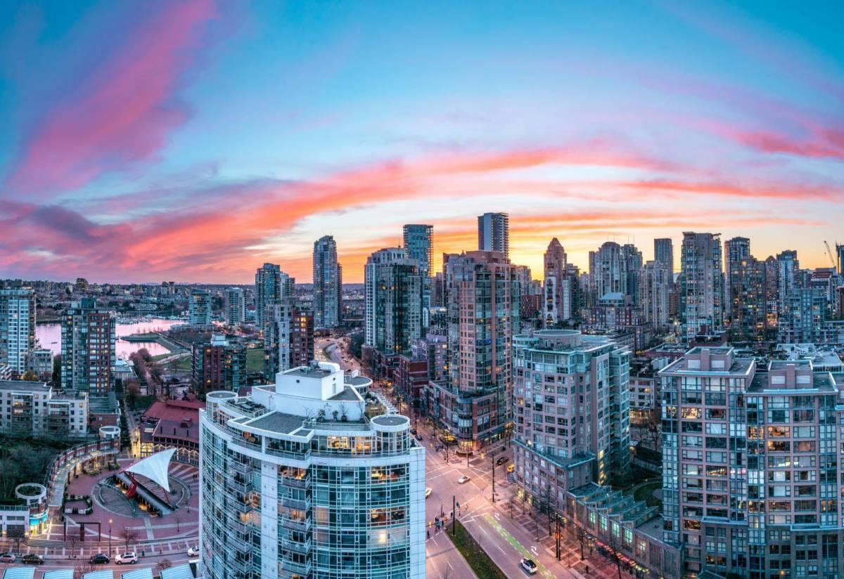 疫情下大温公寓价格下跌,专家表示:刚需买家的机会在明年