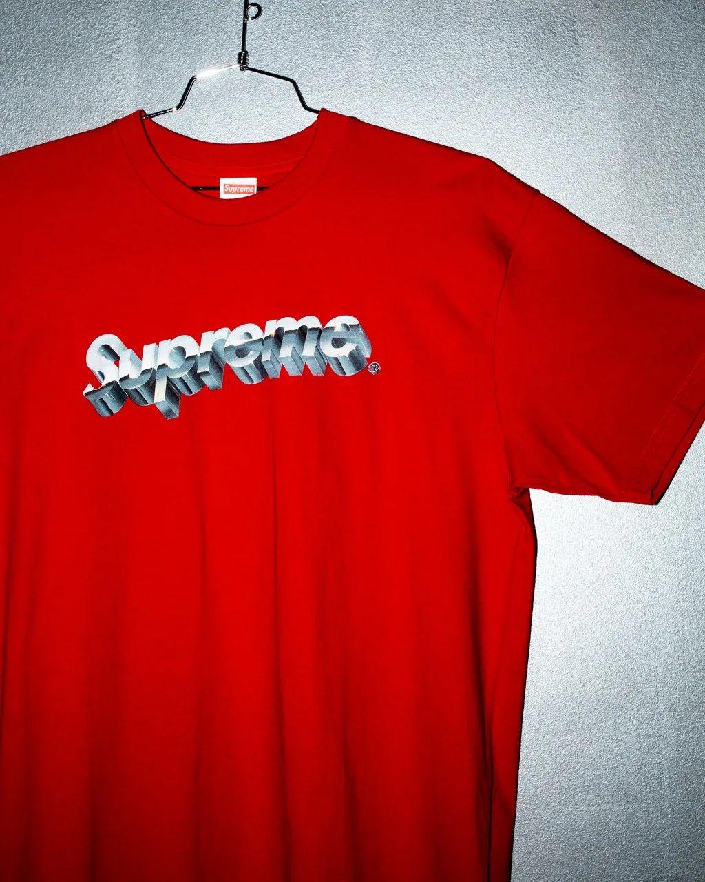 看不懂!温哥华小哥的T恤估价200万美金?!