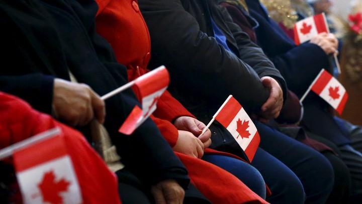 门户大开!加拿大今年将招40.1万新移民,这类人优势很大!还有些人惨了……