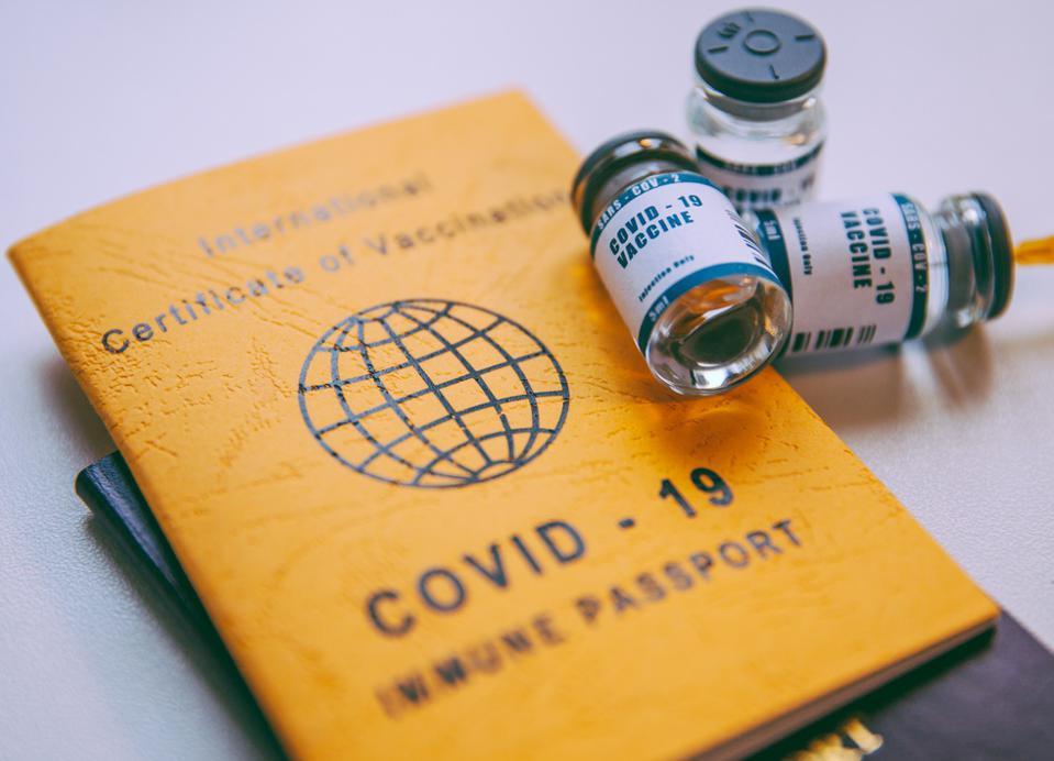 """重磅!外交部:海外也能打中国疫苗!""""国际旅行健康证""""让华人回国更容易!"""