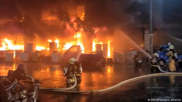 绝望哀嚎!公寓深夜大火46丧生!为什么说这种惨剧不会发生在温哥华?